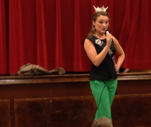 Miss Kentucky Jenna Day visits Layne on Kentucky Kids Day!